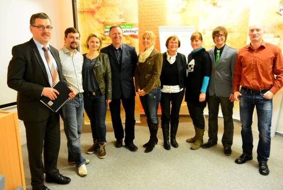 Rund 30 Gäste informierten sich am 16. Januar im TGF Dermbach. So freute sich Landrat Reinhard Krebs (links im Bild) über das Interesse an diesem für die Region wichtigen Thema.