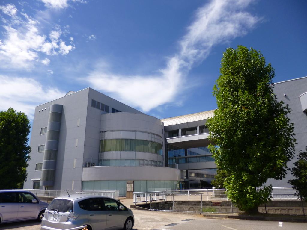 会場は富山県総合情報センター