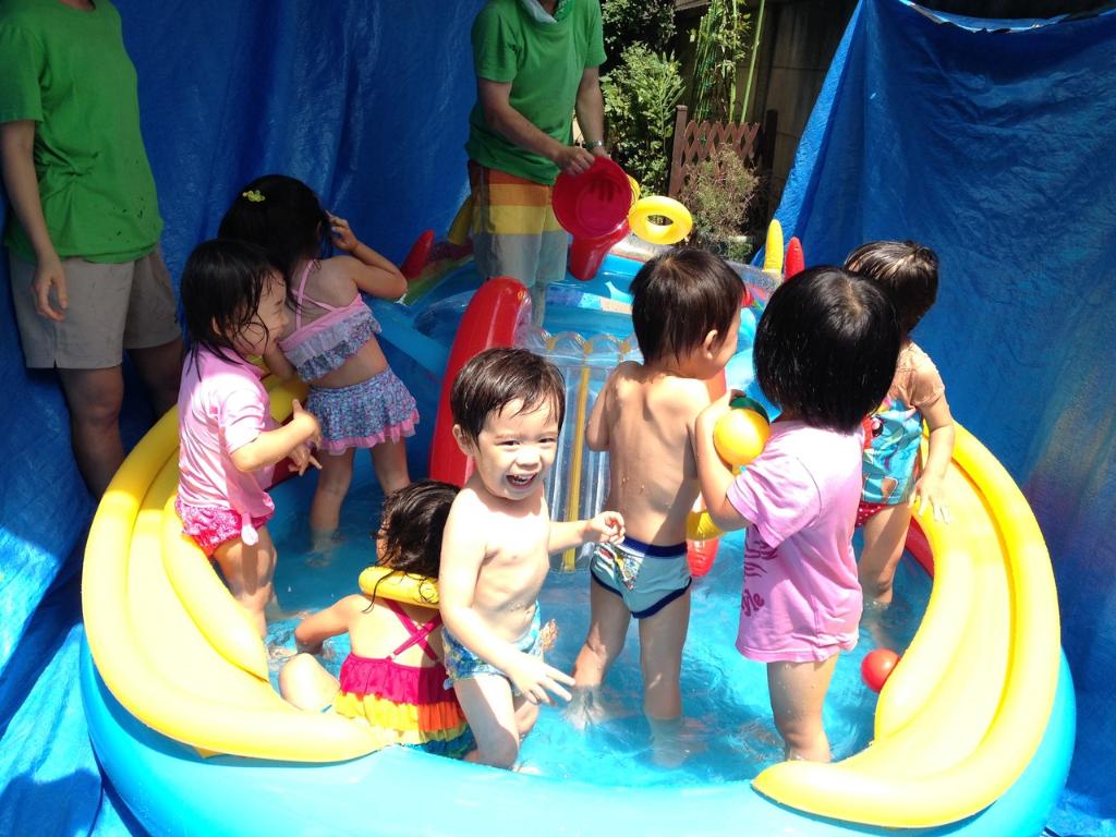 夏は楽しく水遊び!