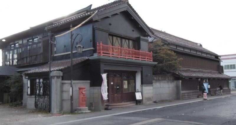 渋川問屋正面前景