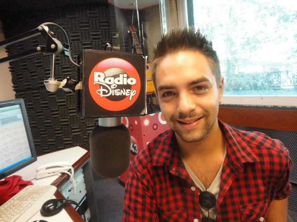 En su paso como locutor de Radio Disney Bolivia