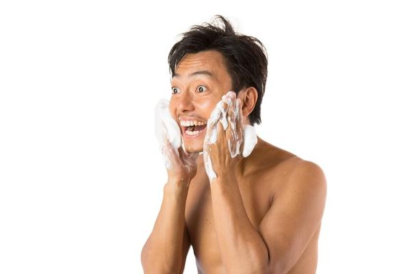 ノンエーはメンズの脂性肌、乾燥肌、敏感肌の肌に合うの?