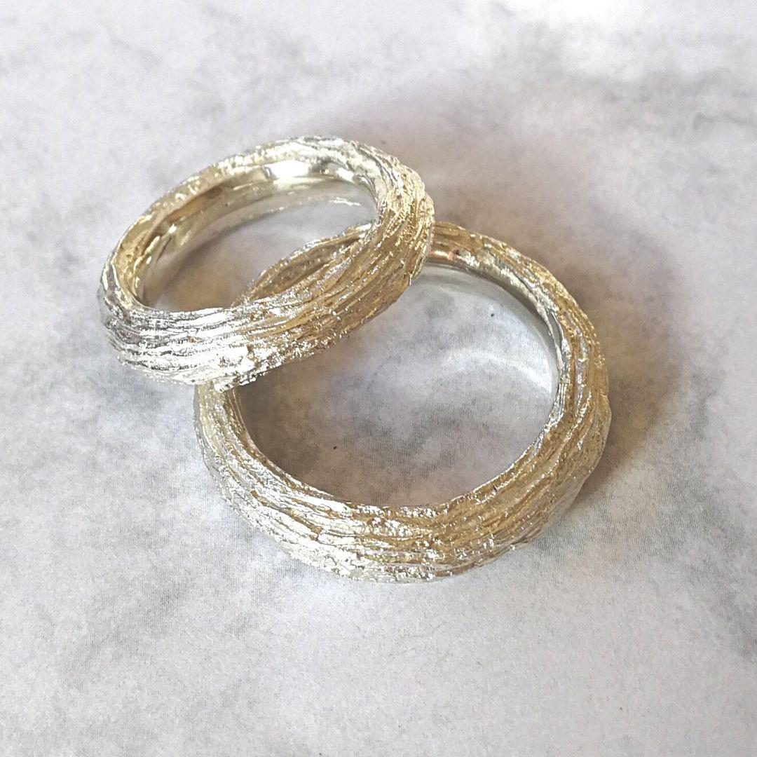Ring Süssholz-Struktur Silber schmal