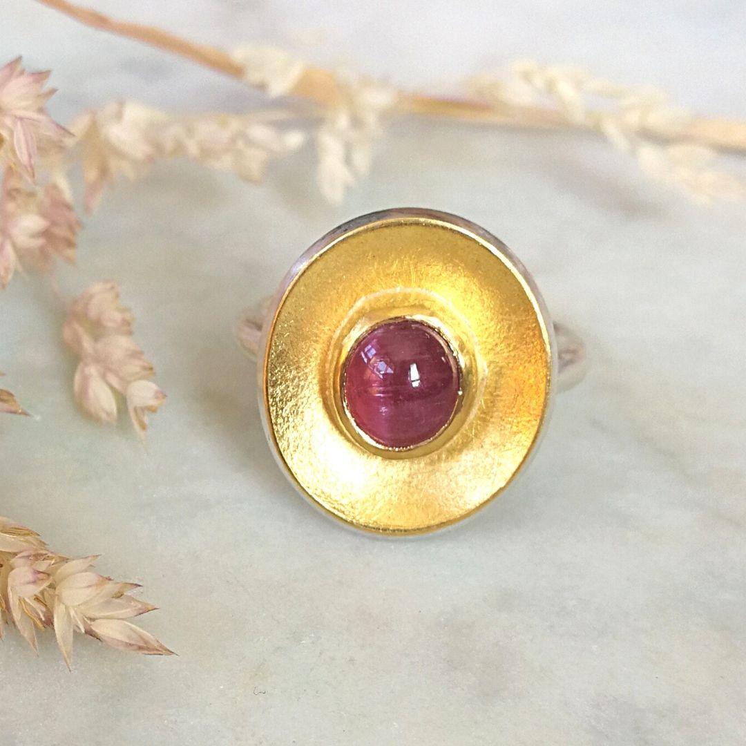 Ring oval mit Turmalin pink