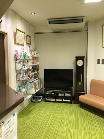 温かい雰囲気の待合室