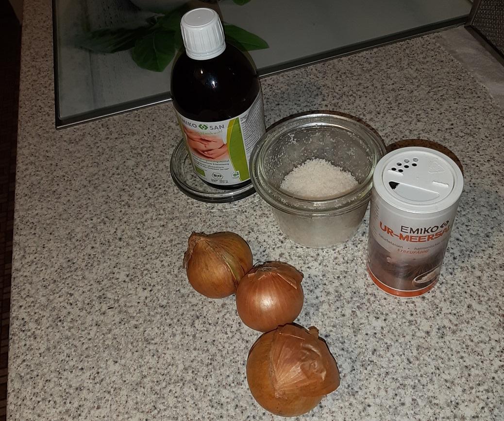 ...außerdem noch auch Zwiebeln, EM-Urmeer-Salz und EMIKOsan... und etwas Zeit.