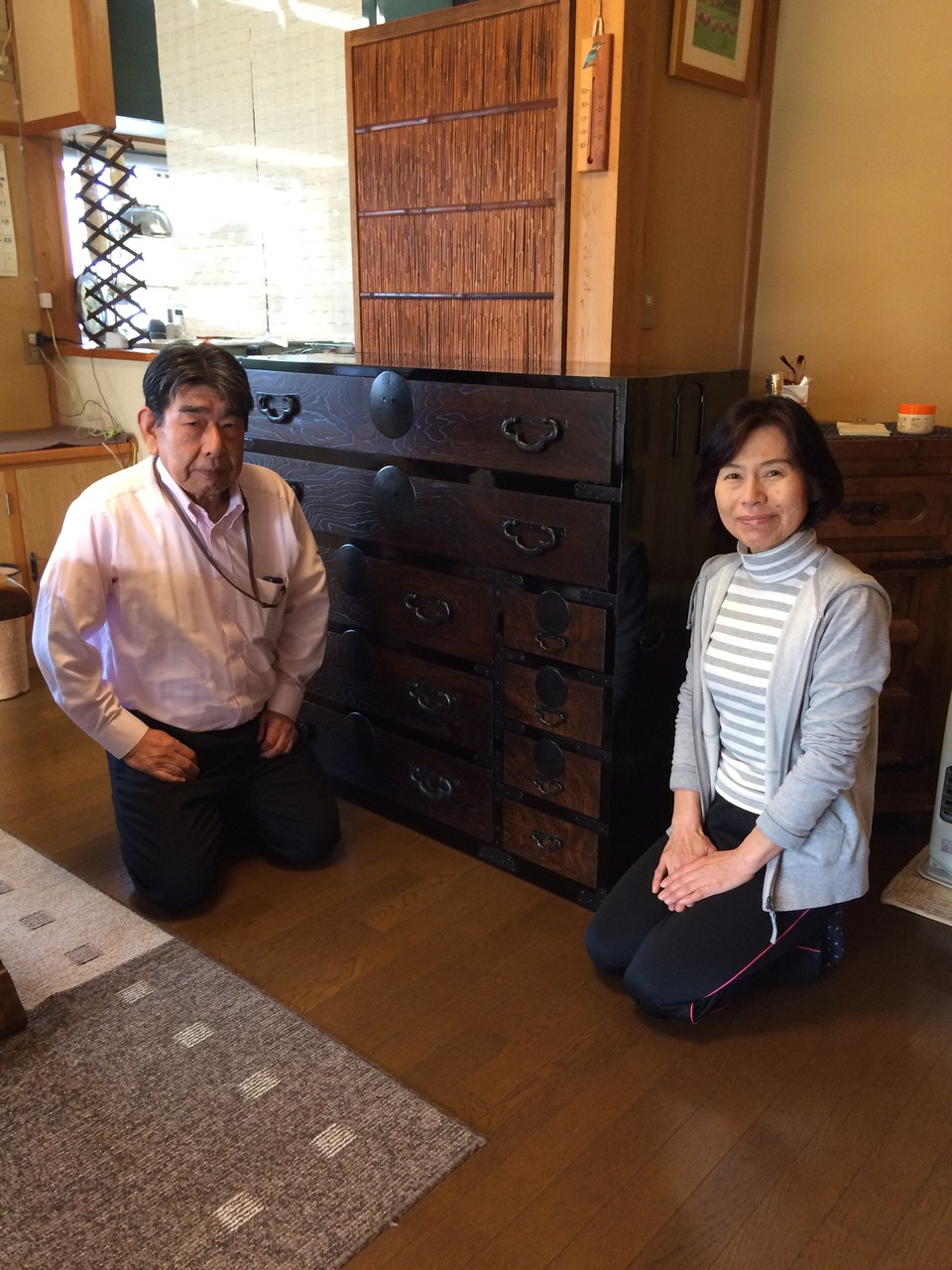 犬山市に修理依頼の時代箪笥納品