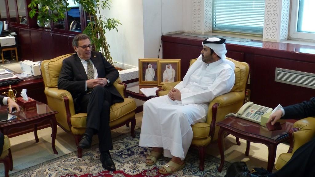 Gespräch mit Sheikh Abdurahman bin Khalifa bin Abdulaziz Al Thani, Minister für Kommunalwesen und Bauplanung über Planung der Infrastruktur u.a. im Hinblick auf die FIFA WM 2022