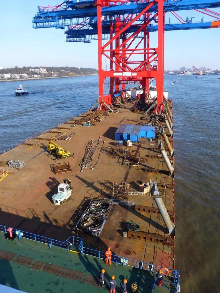 Hamburger Hafen: Blick auf die Ladung der Zhen Hua