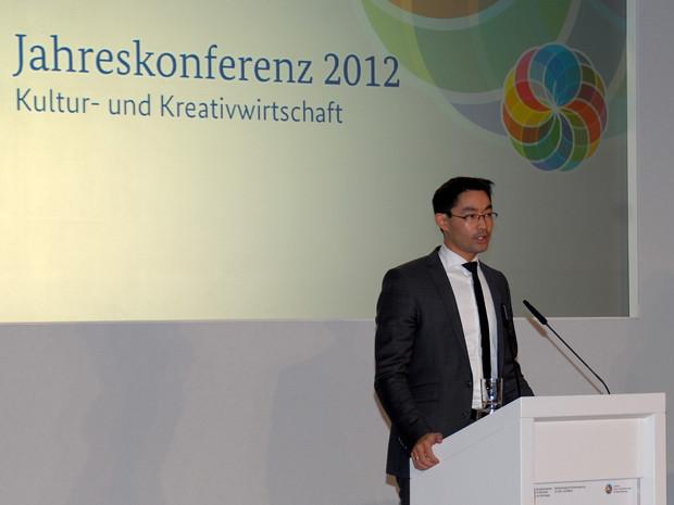 Der Bundesminister für Wirtschaft und Technologie, Dr. Philipp Rösler, eröffnet die vierte Jahreskonferenz der Initiative Kultur- und Kreativwirtschaft der Bundesregierung in Berlin.