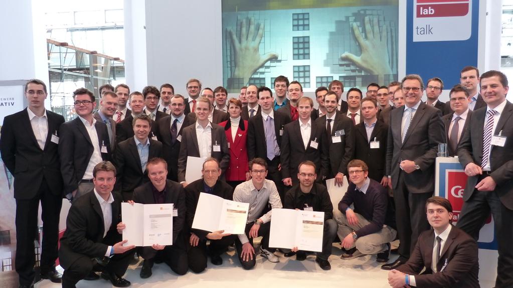 """Hans-Joachim Otto mit allen Preisträgern des BMWi-Gründerwettbewerbs """"IKT innovativ"""""""