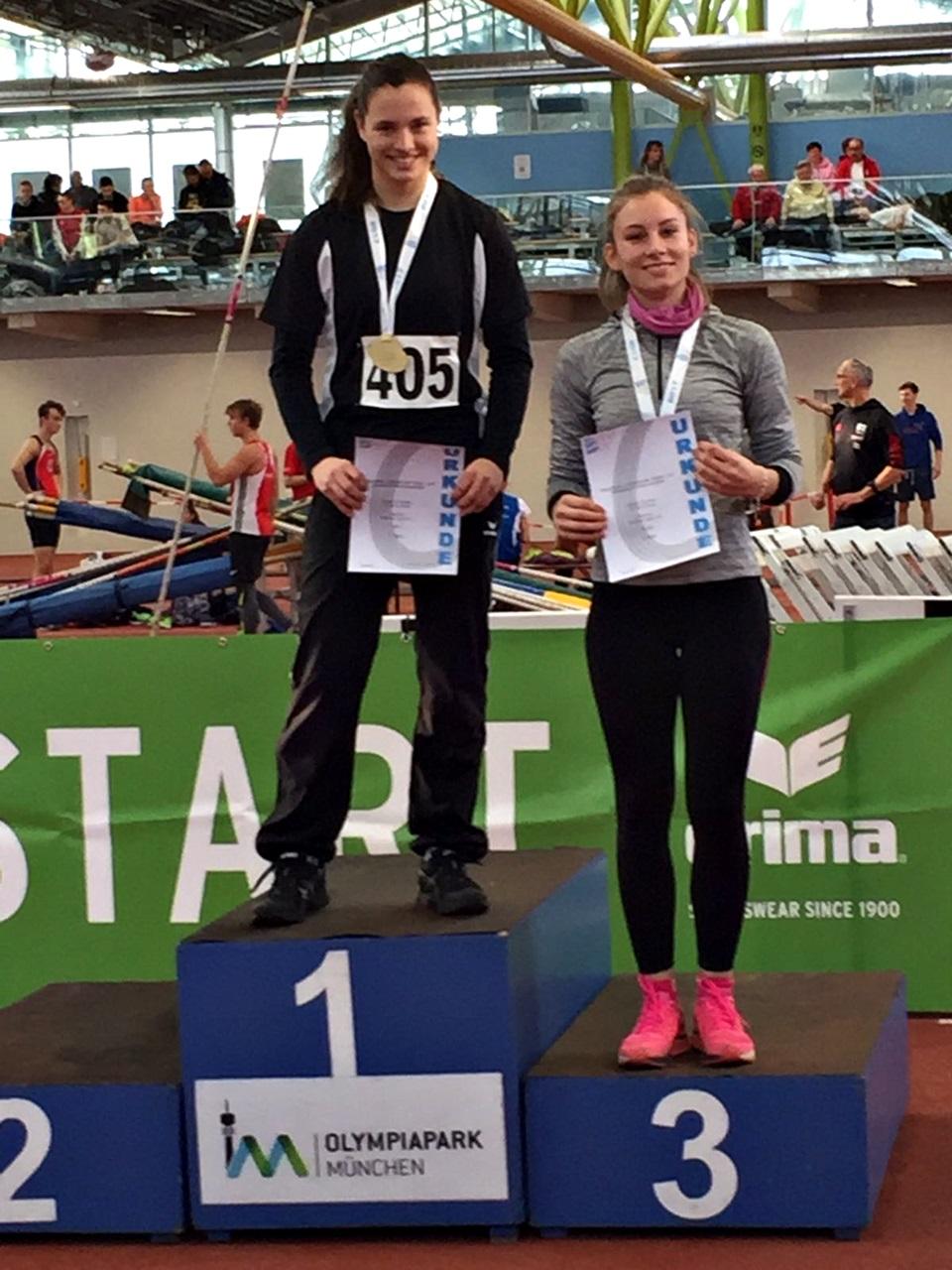 Sarah wirft den Speer 36,35m... und schafft es auf Platz 3 !!