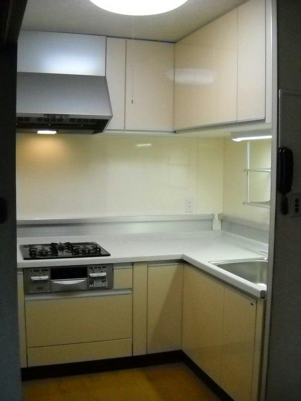 施工後 キッチン1