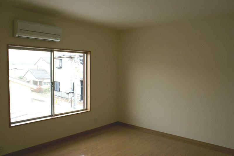 施工後 洋室1