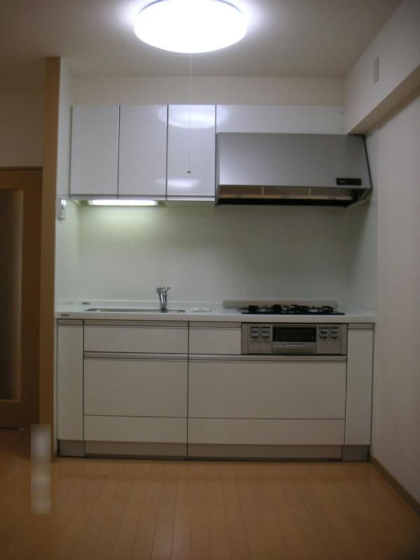 施工後 キッチン2