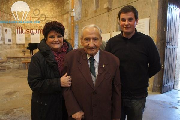 Claudine UGOLINI, Raoul UGOLINI & Adrien SOLDI lors d'une soirée où Raoul fut mis à l'honneur dans son village natal de Callian.