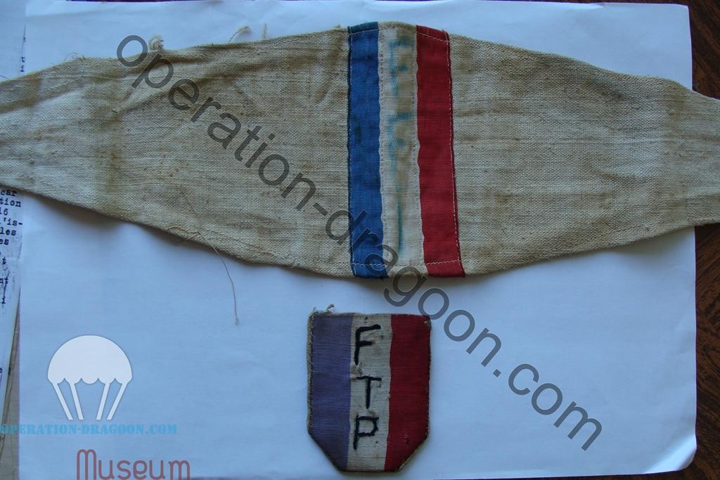 Brassard et insigne de poitrine de Roger PIEPLU ( collection famille PIEPLU )