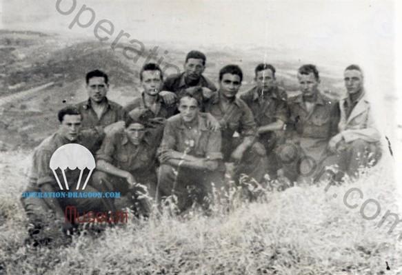 4e section de la 4e compagnie du 1er bataillon de Choc, rarissime photo prise sur l'île d'Elbe en Juin 1944. Collection Simorre