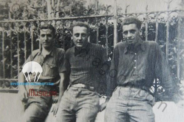 de gauche à droite : Edmond FABRE de Clavier, qui sera tué dans un maquis des Pyrénées en Octobre 1944, Marius OLLIVIER, qui sera tué lors de l'attaque du pont de L'Estoc, et Louis GAL, au S.T.O à Hyeres. 1943