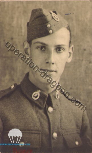 Peter REALF , 1940's, 48th Divisional Signals.