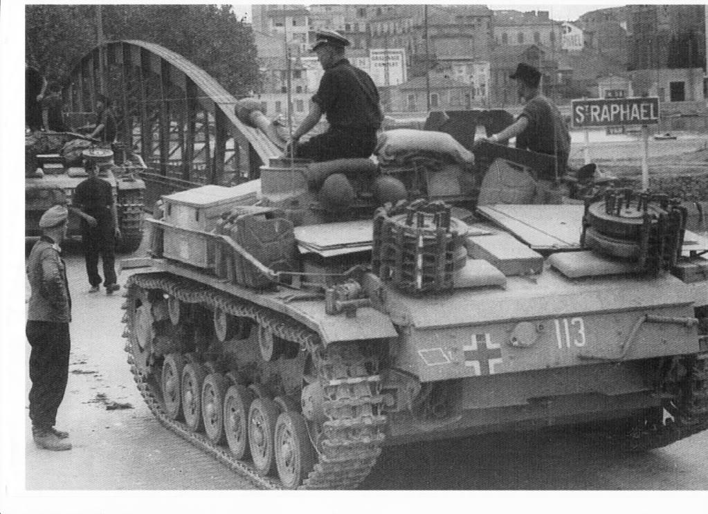 German panzer entering St Raphaël