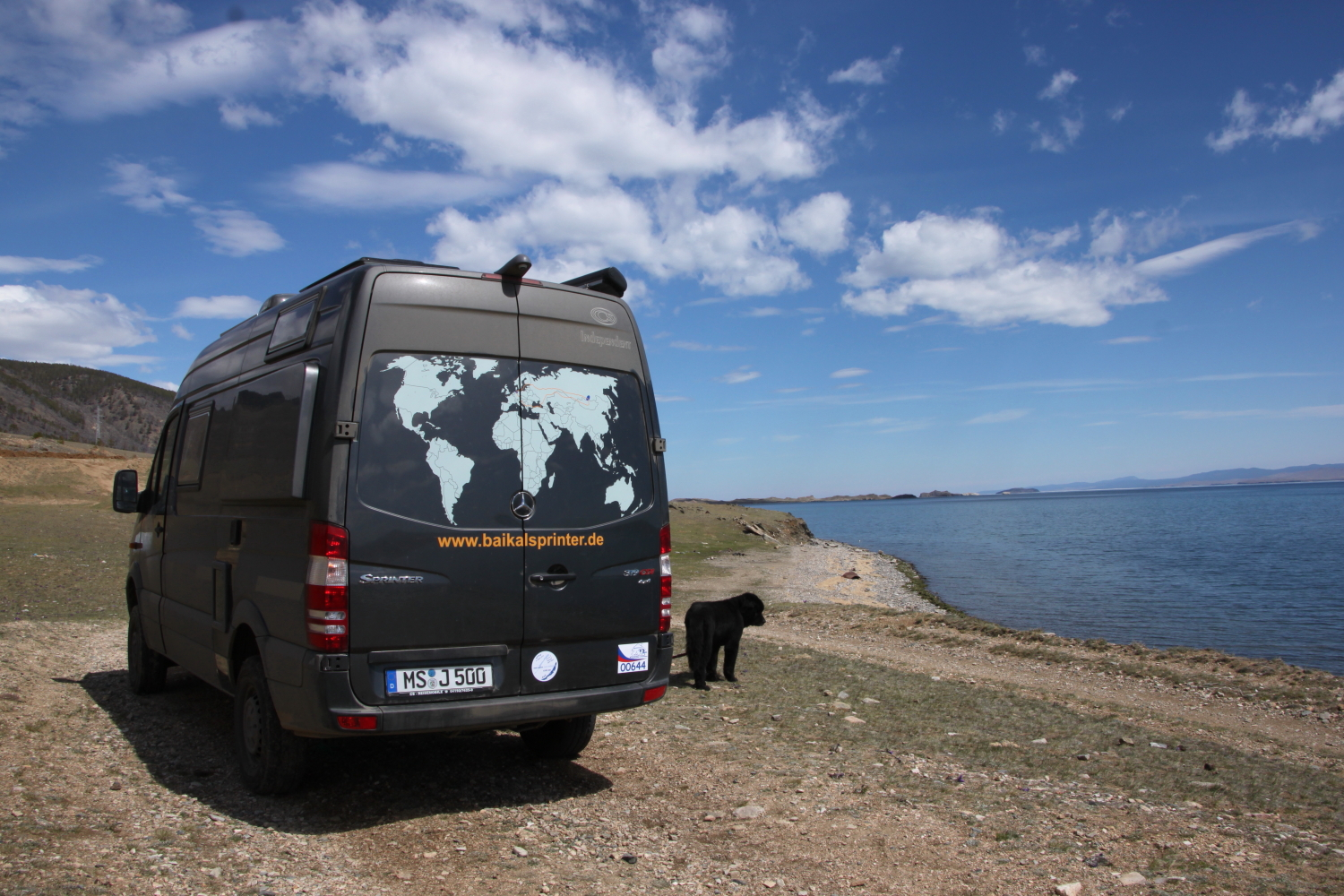 Unser Baikalsprinter am Baikalsee