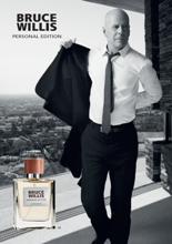 Bruce Willis fait partie de la famille LR avec sa série de parfums et de soins appréciés, mais aussi sa femme, Emma Heming-Willis, égérie de la marque pour le secteur des bijoux.