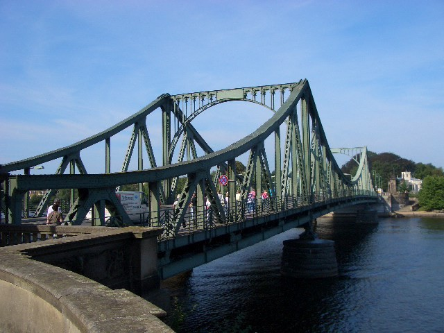 Die Glienicker Brücke-Ort des letzten Agentenaustausches
