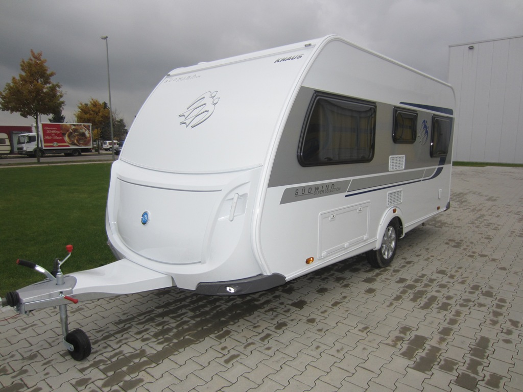 Südwind 450 FU Silver Selection (05) - Petz Wohnmobile Augsburg