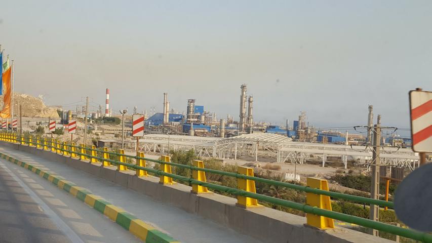 BANDAR KANGAN - Erdöl/-gas unglaubliche Anlagen!