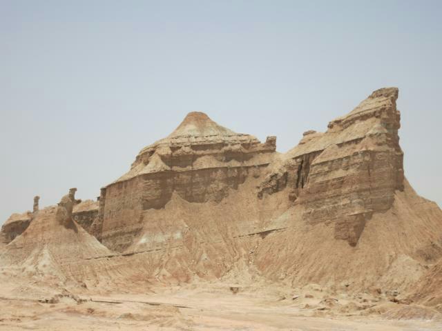 Stein/Sandgebilde in der Wüste