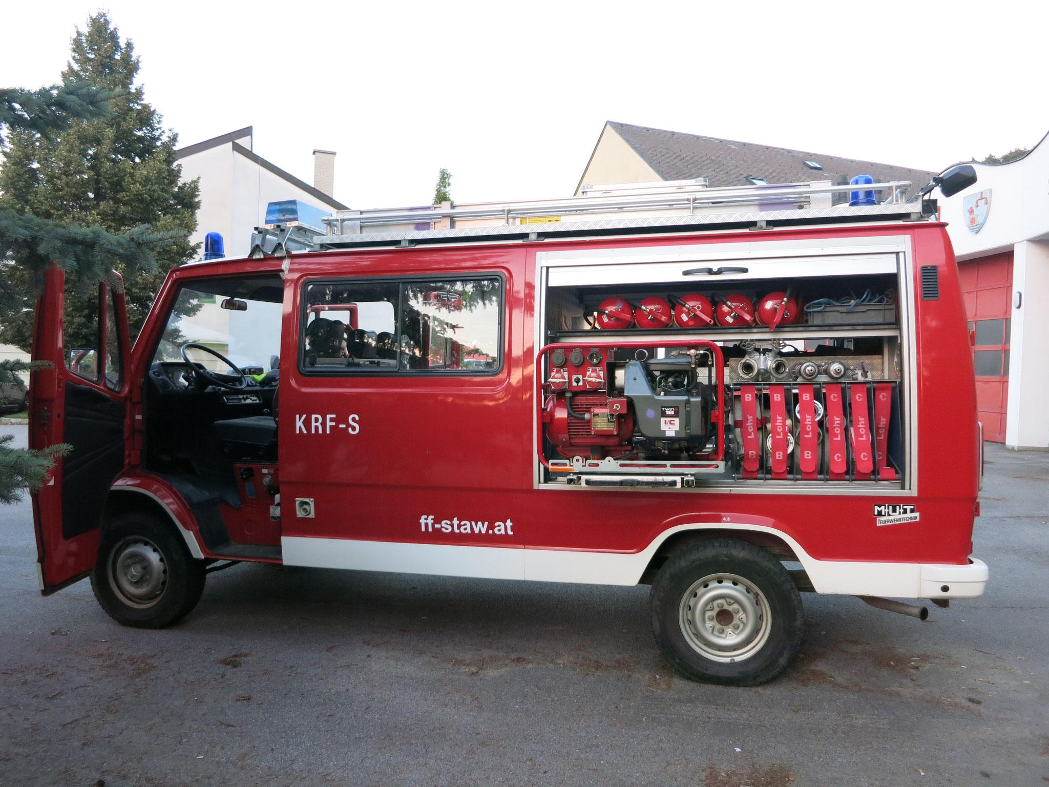 """Das """"Feuerwehr"""" Innenleben wird bis auf wenige Dinge von der FW entnommen"""