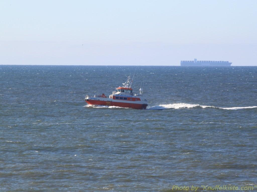 Boot in voller Fahrt