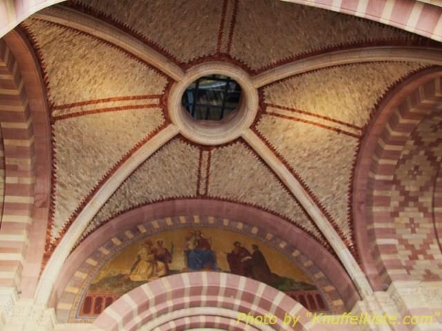 Decke im Eingangsportal