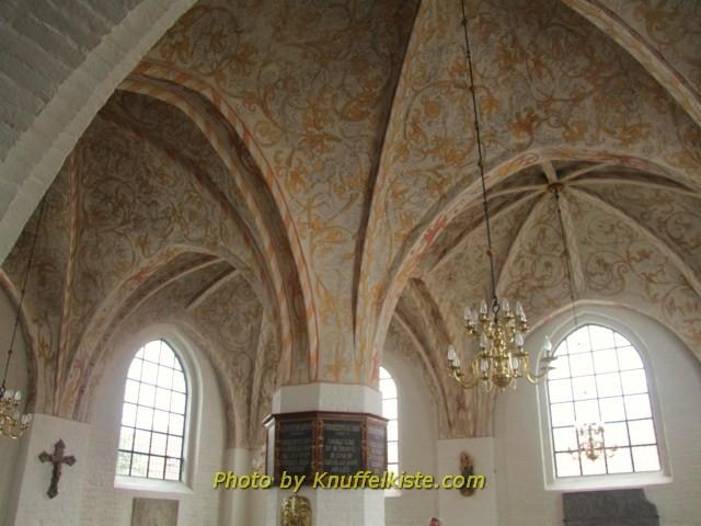 Seitenabteil der Kirche