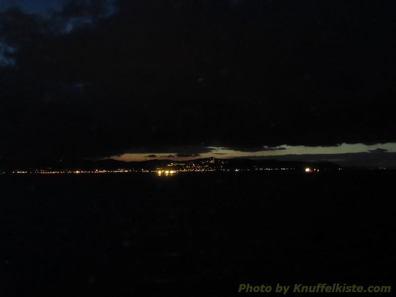 die ersten Lichter von Livorno...