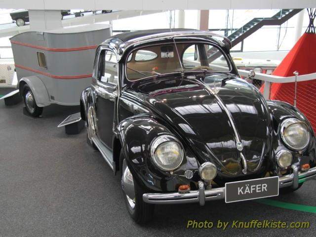 VW Käfer mit Wohnanhänger