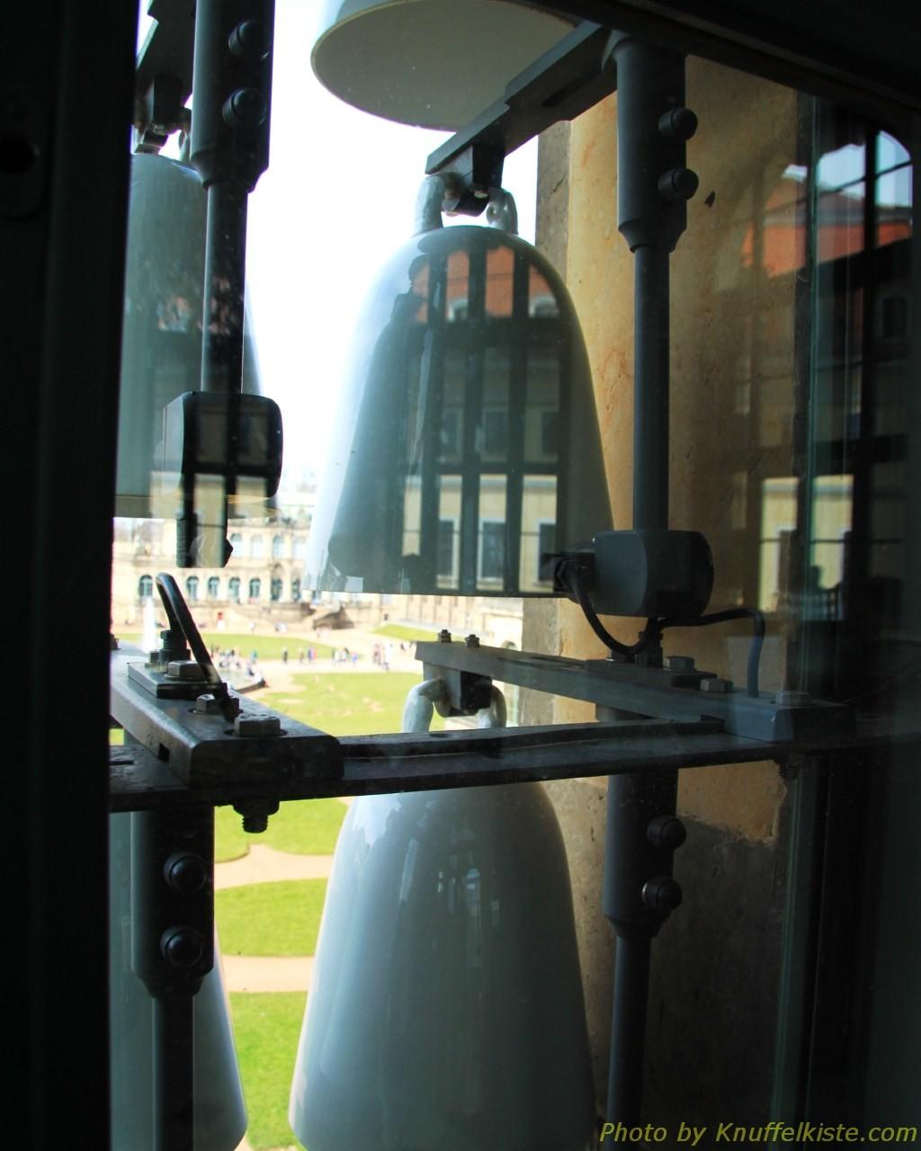 Die Glocken von innen raus fotografiert