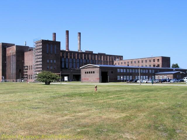 das Gelände-Blick auf das Kraftwerk