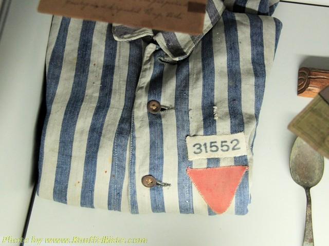 Kleidung der ehemaligen Kriegshäftlinge