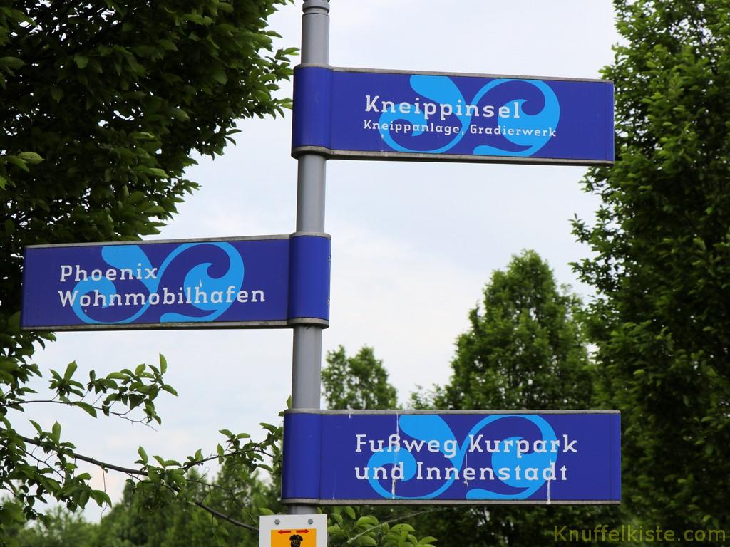 Schild Richtung Stellplatz
