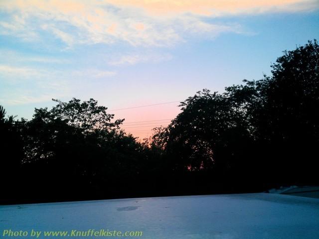 Sonnenuntergang hinter dem Knuffelkistendach!