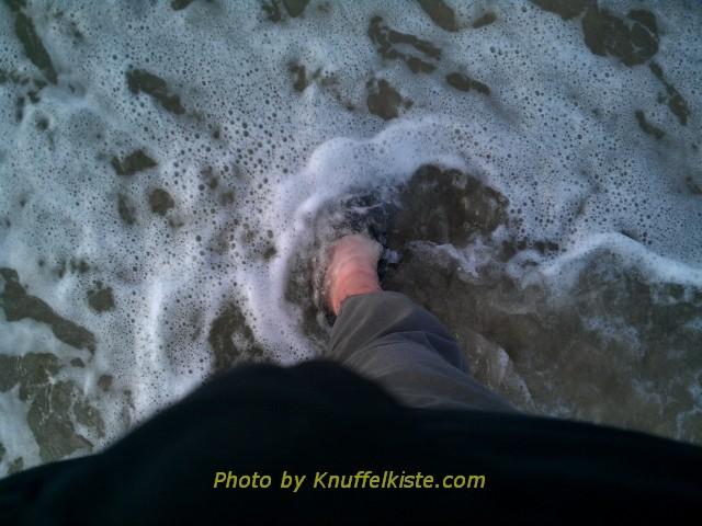 Am Slettestrand nachmittags, ich bin zumindest mit den Füssen im Wasser!
