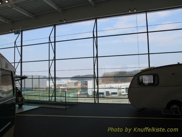 Glasfront im Obergeschoss