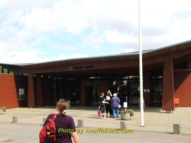 """Eingang Freilandmuseum """"Hjerl Hede"""""""