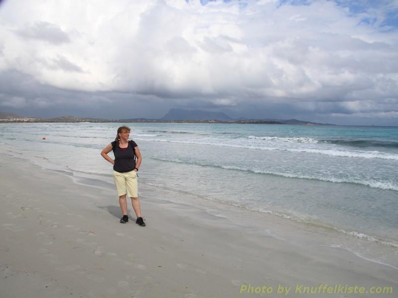 Gabi posiert am Meer...