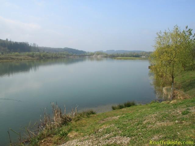 der See am Wohnmobilstellplatz
