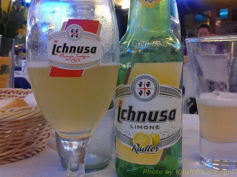 """wir trinken """"Ichnusa Lemon"""" (Radler)"""