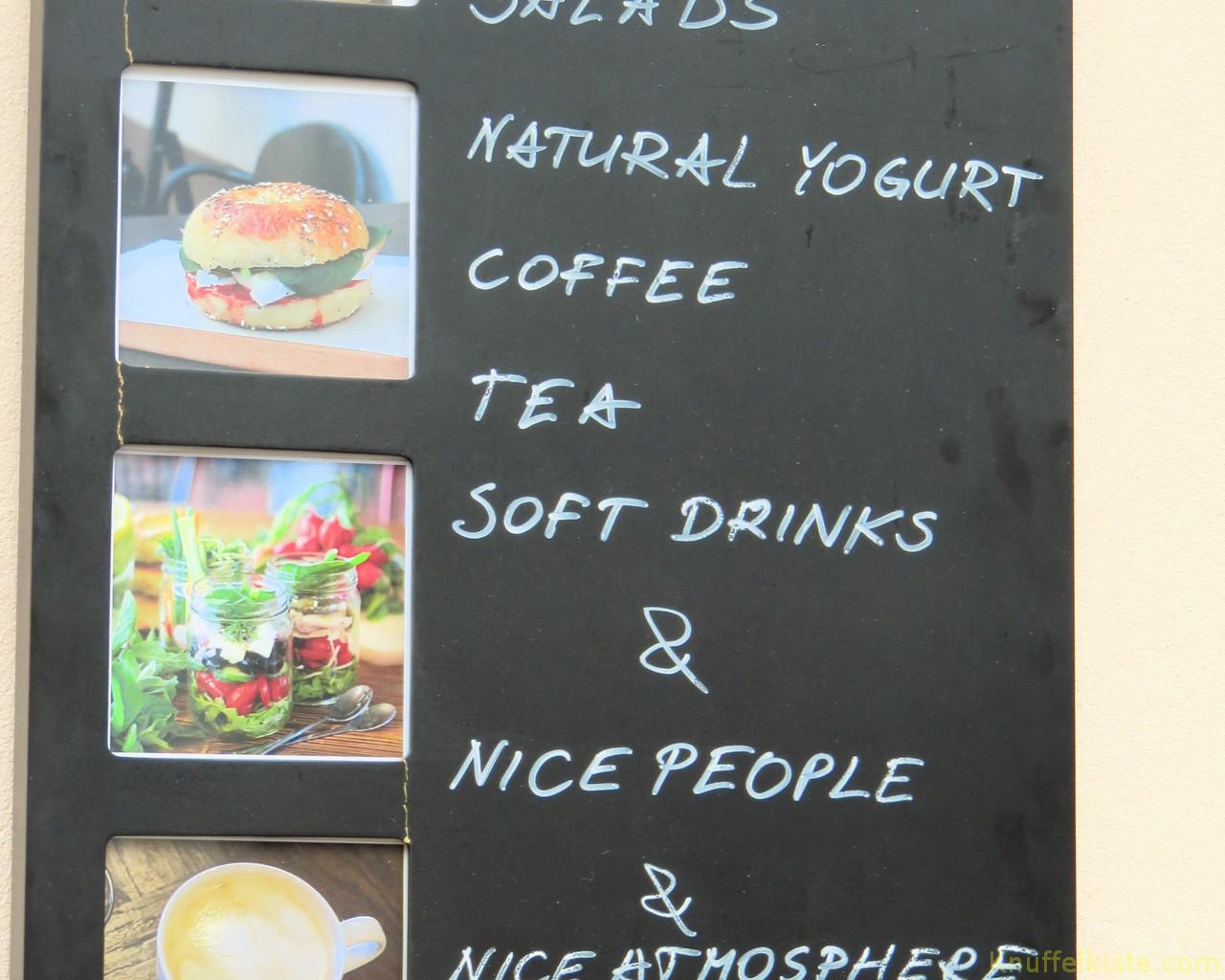 Karte an einem Cafe
