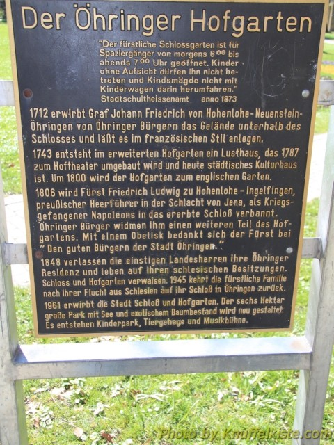 """Schild zur Geschichte des """"Hofgarten"""""""